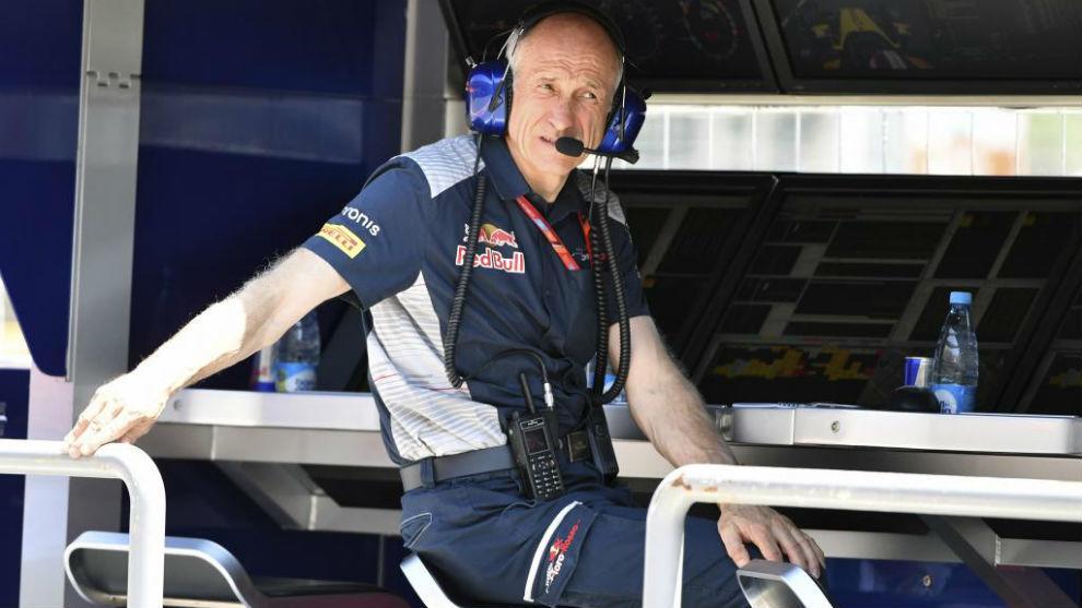 Franz Tost, jefe de Toro Rosso, en el circuito de Bakú