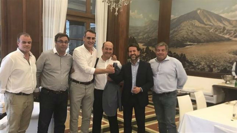 Acuerdo tras la reunión en Santa Cruz de Tenerife.
