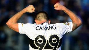 Cassano celebra un gol con el Parma.