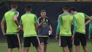 Entrenamiento dirigido por Osorio.