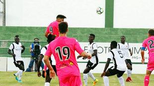 Un lance del partido entre Córdoba y el All Star de Kenia