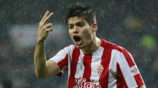 Jorge Mer� (20), en un partido frente al Real Madrid en el Santiago...