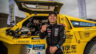 El piloto chino Han Wei, en el Rally Ruta de la Seda.