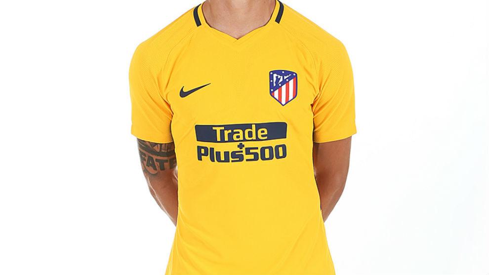 d17a5d41399c6 Atlético de Madrid  La nueva camiseta del Atlético ya está aquí ...