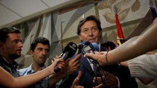 José Ramón Lete, presidente del CSD, atiende a la prensa.