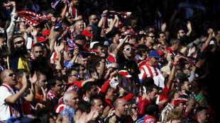 La afición rojiblanca en el Vicente Calderón