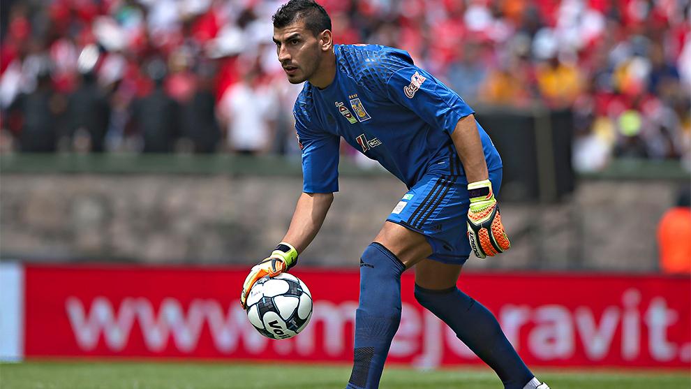 Nahuel Guzmán durante un partido.