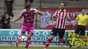 Kike Sola, en acción durante el Athletic-Valladolid