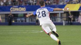 Dempsey celebra su gol ante Costa Rica