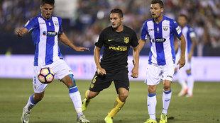 partido entre el Leganés y el Atlético de Madrid en el estadio...