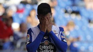 Carles Gil se lamenta durante un partido de la temporada pasada.