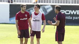 Vrsaljko, Simeone, Jota en un entrenamiento del Atlético