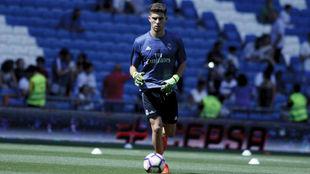 Luca calentando en el Bernabéu