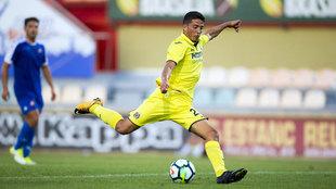 Fornals dispara a puerta ante el Reus en su debut con el Villarreal