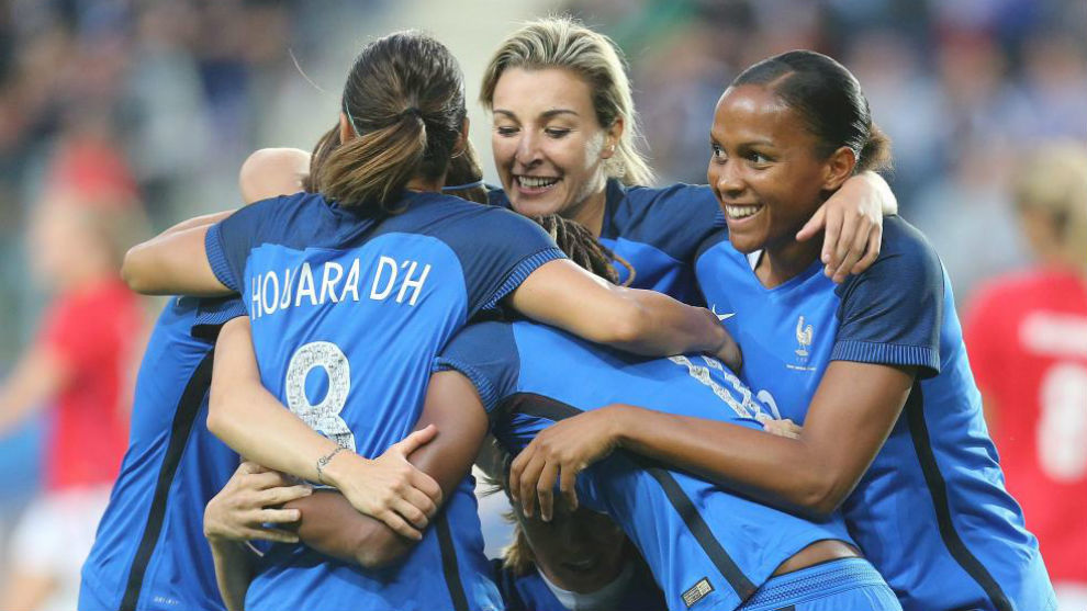 Las jugadoras grancesas celebran un gol en la Eurocopa.