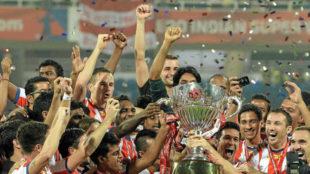 Los jugadores del Kolkata celebran uno de los t�tulos de la Super...
