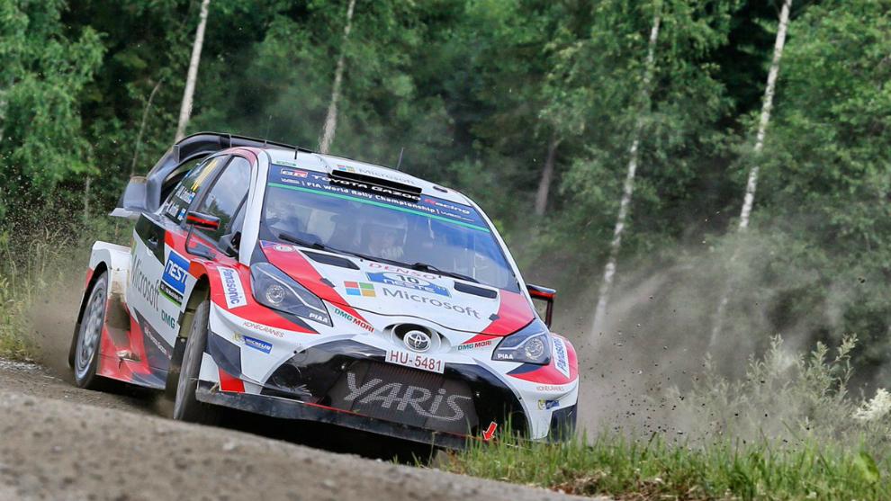 Los Yaris WRC siguen marcando el ritmo sobre los tramos de casa