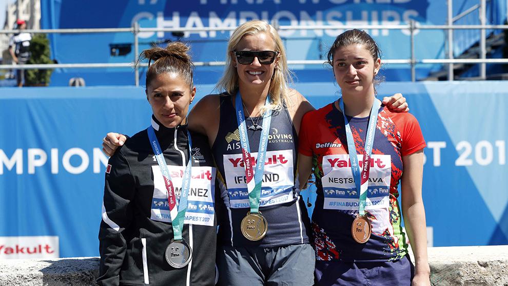 Adriana Jiménez, Rhiannan Iffland y Yana Nestsiarava.