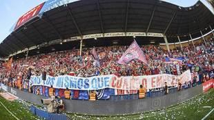 La afición de Osasuna durante un partido de la pasada campaña