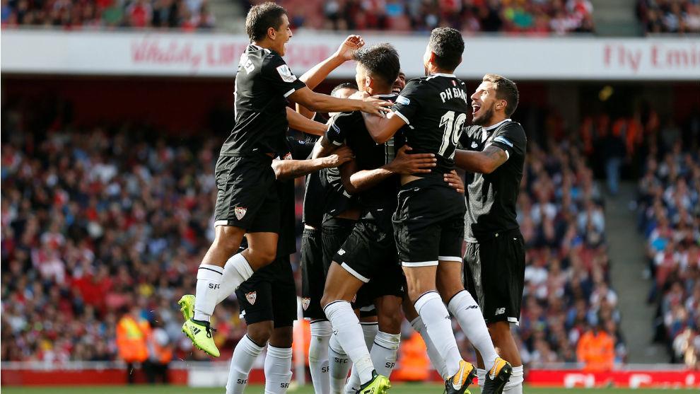 Celebración del gol de N'Zonzi (28).