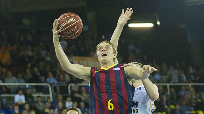 Ludde Hakanson (21), en un encuentro con el Barcelona Lassa.