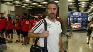 Jorge Vilda a la llegada al Aeropuerto Adolfo Suárez-Madrid Barajas.
