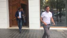 Alemany, L�pez y Bulut  salen de las oficinas del Valencia CF