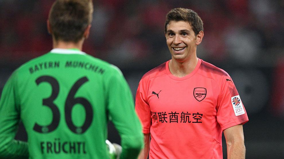Camiseta Arsenal Emiliano Martínez