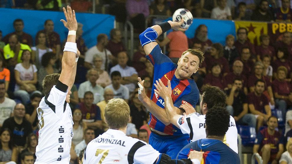 Filip Jícha en un partido con el Barcelona Lassa.