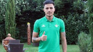 Narváez posa en la concentración del Betis en Alemania.