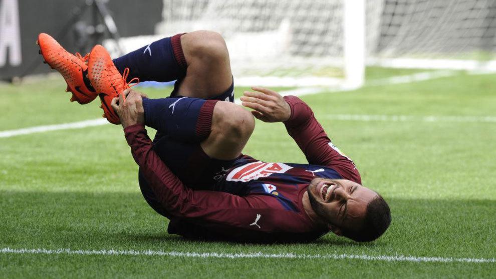 Pedro León es uno de los muchos jugadores que pueden perderse el...