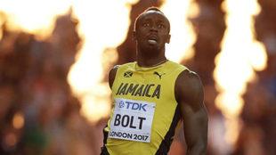 Usain Bolt en su llegada a meta.