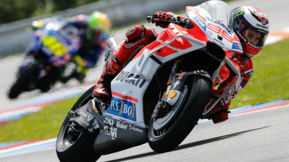 Jorge Lorenzo, en Brno con su Ducati y el nuevo carenado