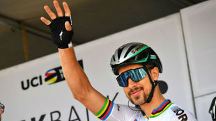 Peter Sagan al comienzo de la primera etapa del Bink Bank Tour.