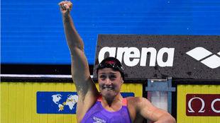 Mireia Belmonte tras ganar los 200m mariposa en Budapest.
