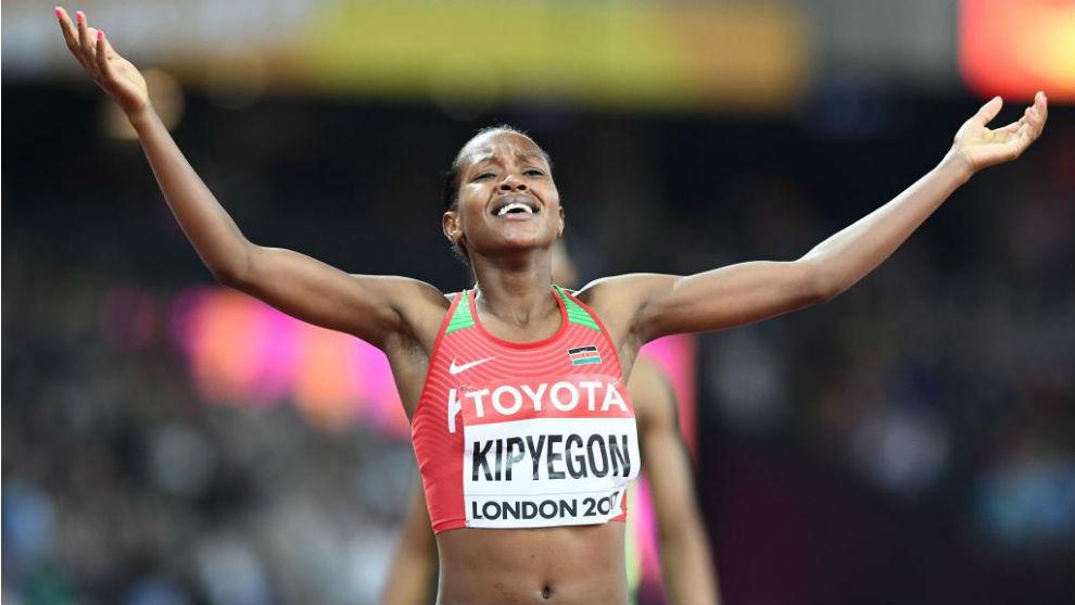 Faith Kipyegon se hizo con la victoria con un tiempo de 4:05.59.