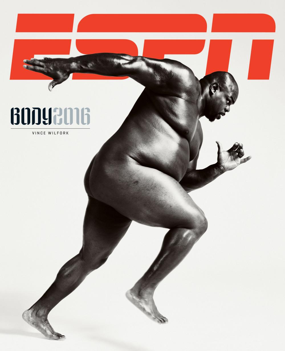 El famoso desnudo integral de Vince Wilfork para el ESPN Body Issue