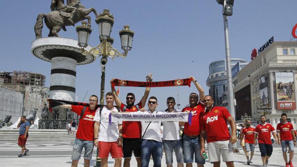 La peña madridista y fans del Manchester United en Macedonia