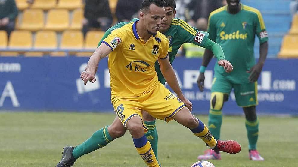 Kadir, durante el partido de la pasada temporada ante el Cádiz