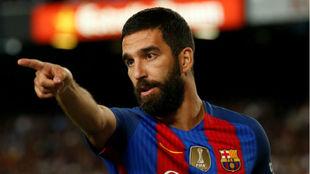 Arda en un partido con el Barcelona