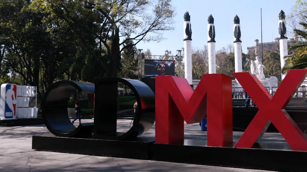 Inauguración de la NBA Fan Zone en 2016 en Ciudad de México.