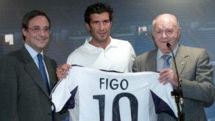 Florentino, Figo y Di St�fano en la presentaci�n.