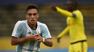 Lautaro jugando con Argentina Sub20