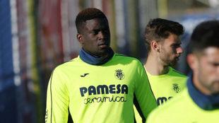 N'Diaye, durante un entrenamiento del Villarreal