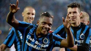 Izquierdo celebra un gol con el Brujas.
