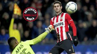Gastón Pereiro, en un partido con el PSV.