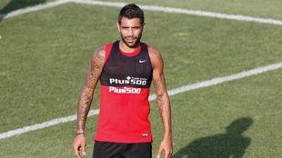 Augusto Fernández en un entrenamiento con el Atlético de Madrid.