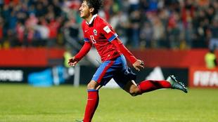 Camilo Moya (19), uno de los futbolistas chilenos que llega al fútbol...