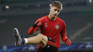Guillermo Varela (24), en un entrenamiento del Manchester United