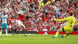 Último partido de Chicharito en Old Trafford con el United.